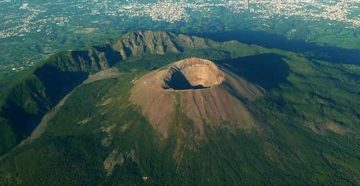 xMountVesuvius.jpg.pagespeed.ic.QvfGd2RE0d